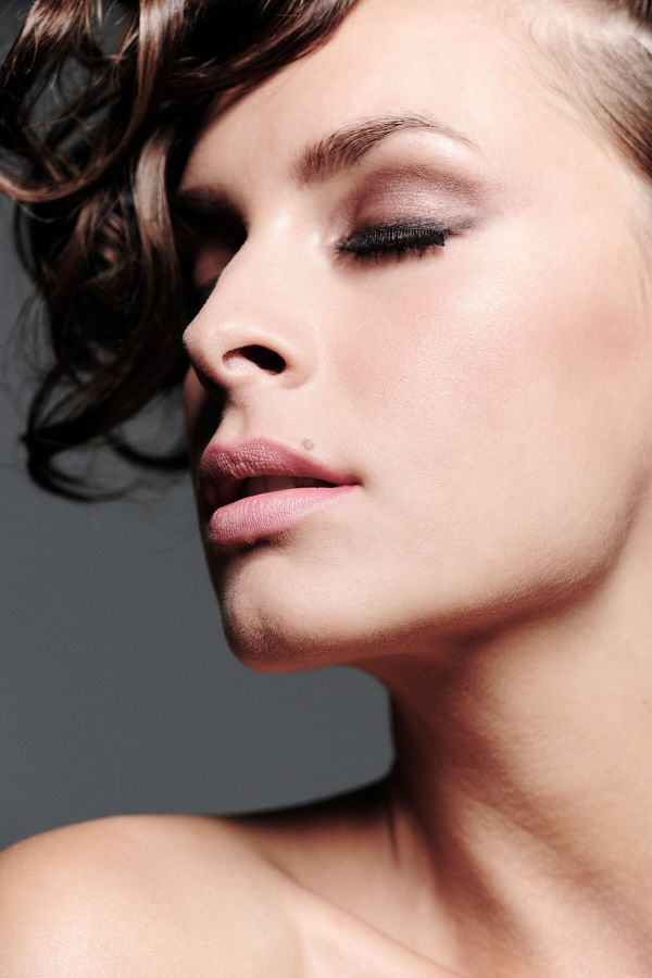 Claudia Maurer - Hair & Make up Styling - Beauty & Fashion